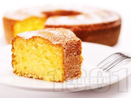 Лесен класически кекс с кисело мляко - снимка на рецептата